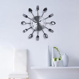 Wholesale Utensils Clock - Clocks Wall Clocks Modern Design Sliver Cutlery Kitchen Utensil Wall Clock Spoon Fork Clock Decor #69236