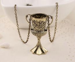 Wholesale Silver Leafs Wholesale - vintage children Movie Relief Emboss leaf algae Trophies Trophy necklace goblet pendant Gold European Cup necklace x146