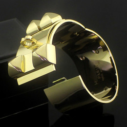 Wholesale h cuff bracelet - Super wide rivets H CDC Punk bangles 316L Titanium Steel silver rose gold cuff kell bracelets for Women and men hip hop Jewelry Top Quality