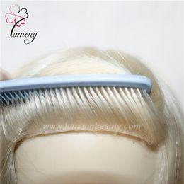 Alibaba expressar personalizado mono com peruca loira de cabelo humano PU mulheres de