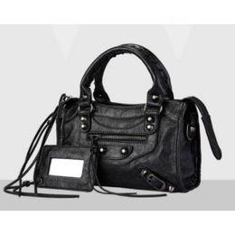 Wholesale American Ladies Fashion - Fashion Brand women bag ITALY Genuine leather ladies handbags Luxury rivet shoulder crossbody women bags