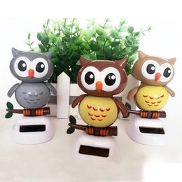 Wholesale Solar Power Car Dancing - Wholesale-Solar Powered Owl Dancing Flip Flap Swinging Shook His Head For Car Decoration Lovely Dancing Owl Solar Powered Energy Toys