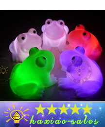 Wholesale Cute Frog Lamps - 2017 Energy Magic LED Cute Frog Night Light Novelty Lamp Changing Colors Colorful led Holiday Party decor light Flash light