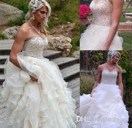 Wholesale Scalloped Sweetheart Tulle Ball Gown - Beaded Sweetheart Ball Gown Wedding Dresses Cascading Tiered Skits Wave Details Tiered Skits Court Train Zipper Sleeveless Tulle 2016 New
