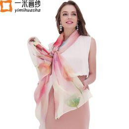 2019 accessoires d'hiver de mode en gros Gros-11.11 Coloré joli papillon et imprimé floral véritable châle de soie pure et des foulards pour les femmes accessoires de mode de mode d'hiver accessoires d'hiver de mode en gros pas cher