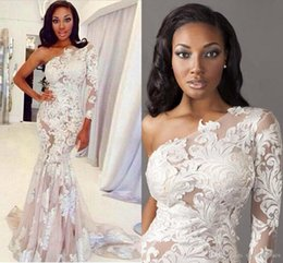 Wholesale White One Sleeve Prom Dress - One-Shoulder evening gown Prom Dresses Long Sleeves Mermaid White Appliques Lace Celebrity Dress Evening pageant Gown Free Shipping