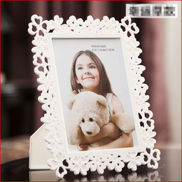 Wholesale Wedding Photo Holders - 2017 Baby Kids Photo Frame Plastic Picture Holder Home Decoration Bridal Wedding Favor Baby Shower Gifts