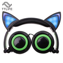Wholesale cat ear phones - 2017 cat ear headphone Foldable flashing glowing Headsets with LED light for apple iphone 7 plus 6S plus MP3 Cell phone Earphones