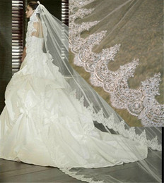 Wholesale Bridal Lace Cathedral Veil - 2017 New Arrival One Layer Lace Edge Long Wedding Veil 3 Meters White Ivory Bridal Veil with Comb Bridal Accessories