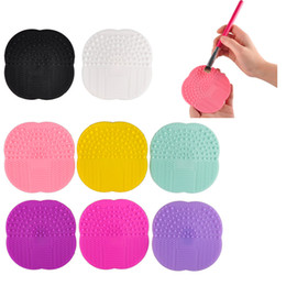 Wholesale Cleaning Makeup Brushes - Makeup Brush Cleaning Mat Washing Tools Hand Tool Pad Sucker Scrubber Board Washing Cosmetic Brush Cleaner Tool 2805010