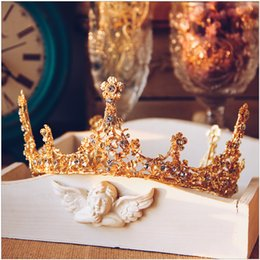 Wholesale High End Crowns Tiaras - 2017 Baroque golden crown hair ornaments high-end retro bride headdress wedding dress jewelry accessories wholesale Free Shipping