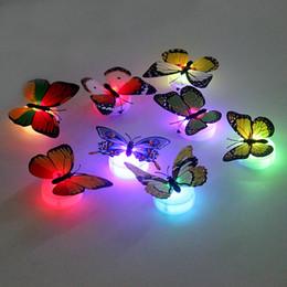 2019 decorazione flash Lampade per la vendita all'ingrosso- Lampade per la camera da letto per bambini LED Night Light ABS Colorful Butterfly Home Decoration Con adesivo biadesivo sconti decorazione flash