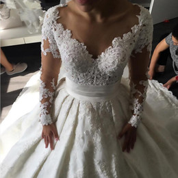 Wholesale Pricess Wedding Dresses - Pricess Lace Ball Gown 2017 Wedding Dresses Dubai Long Sleeves White Formal Bridal Gowns Pearls Beading