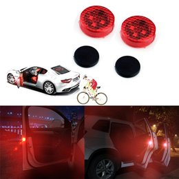 Wholesale Car Door Anti Collision - Universal Wireless Vehicle Truck LED Safety Light Car Door Warning Light Red LED Strobe Flicker for Anti rear-end Collision