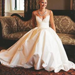 Wholesale Taffeta Wedding Dresses Pockets - Modest 2017 A-Line Wedding Dresses Spaghetti Straps Vintage Lace with Pockets Chapel Train Taffeta Simple Bridal Gowns for Wedding Plus Size