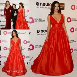Wholesale Kim Kardashian Inspired Dress - Elegant Long New Red V-Neck Evening Dress Kim Kardashian Sweep Train Formal Celebrity-Inspired Prom Party Gown Custom Made Plus Size