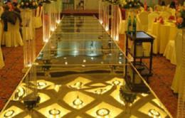 Wholesale Mirrors House - Wholesale-20M Golden Silver Mirror Carpet Luxurious Wedding Carpet Wedding Party Decoration Wedding Carpet Runner Table Decoration Gold