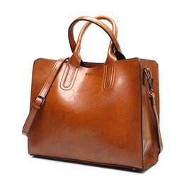 c3ff05652 Bolsos de cuero grandes mujeres bolsa de alta calidad bolsos de mujer  casual Trunk Tote bolso de hombro de la marca española Ladies grandes bolsos