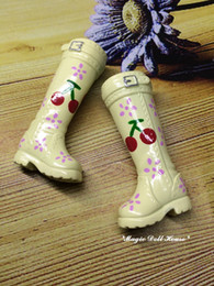 Wholesale Cartoon Girls Boots - 2017 New Hot Sale Blythe Shoes #1pr Creamy Cherry Hand Paint Plastic Boots for blythe doll Barbai Doll accessories for retail