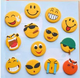 Wholesale old art crafts - QQ Emoji Magnet Personality PVC Flexible Glue Smile Face Fridge Magnets Originality Arts And Crafts Home Decorations 0 7cx C R