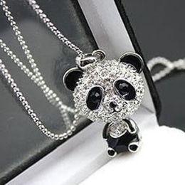 colliers de panda Promotion Strass en mouvement tête des femmes en gros collier pendentif chaîne de chandail pendentif en gros