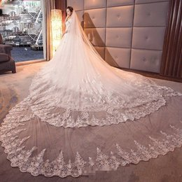 Wholesale 5m Wedding Veil - Luxury 5m Long Bridal Veils Two Layer Lace Appliqued Wedding Veil With Free Comb Fast Shipping