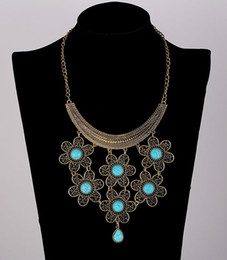 Wholesale Green Plant Costumes - 2017 Fashion Womens Girls Vintage Necklace Antique Gold Plated Collar Costume Metal Maxi Statement Necklaces & Pendants Hot Sale