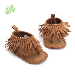 Wholesale Fabric Thong Sandals - Newborn Baby Shoes Tassel Thong Sandal for Girls 2017 Summer PU Leather Tassel Shoes Princess Baby Girl Shoes Toddler Bebe Sandals