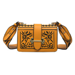 Wholesale Brown Italian Leather Handbag - fashion italian leather handbags vintage Embroidery bag designer shoulder strap bag women bags crossbody sac special purse famous brands