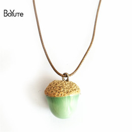 Wholesale Circle Bubble Necklace - BoYuTe 5Pcs 4 Colors Diy Handmade Ceramic Pinecone Pendant Necklace Christmas Gifts Bubble Bag For Protection