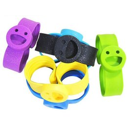Wholesale Silicone Bracelet Mosquito - Smile Face Mosquito Repeller Bracelet Silicone Strap Pure Natural Repellent Outdoor Camping Baby Clap Circle OOA2122