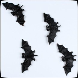 Wholesale Toy Bats Halloween - Wholesale- 1pcs Halloween gift supplies the whole person Tricky Funny spoof toys soft imitation fake bat bat Free shipping