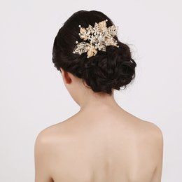 Wholesale Leaf Ornaments - beijia Gold Leaf Pearl Hair Comb Bridal Jewelry Handmade Wedding Accessories Hair Ornaments Vintage Women Headwear G399