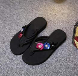 Wholesale Cotton Fabric Yard Flowered - Sell like hot cakes new fashion summer beach flip-flops flowers outside the skid shoes sandals for women's shoes big yards of shoes