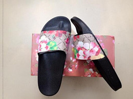 Wholesale latex heels - New Arrival Fashion Women's Men's Brand Shoes Flowers and Comfortable Outdoor Flat G G Sandals Unisex Beach Slippers