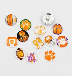 Wholesale Sports Team Jewelry - Mixed NCAA Clemson Tiger Glass Snap Buttons 18mm Collegiate Sport Team Snap Charms Fit For DIY Ginger Snap Jewelry
