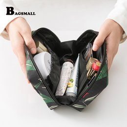 Wholesale BAGSMALL Waterproof Travel Kit Polyster Toiletry Bags Printing Women Cosmetic Bag for Make Up Small Makeup Packing Organization