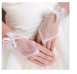 Wholesale White Bridal Gloves Simple Wrist - Simple Design Cheap White Lace Glove For Wedding Fingerless Gloves With Little Bow Wedding Bridal Accessories