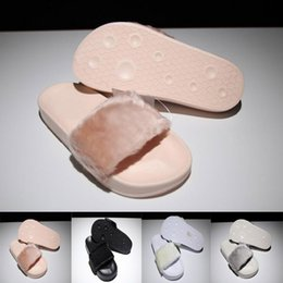Wholesale ladies women sandal platform slippers - Women Leadcat Rihanna Shoes suede platform gold Slippers Indoor Lady Sandals Girls Fashion Scuffs Pink Black White Grey Fur Slides With Box