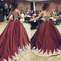 Wholesale Yellow Gold Gown Dresses - Glamorous Sweetheart Ball Gown Evening Dresses Gold Appliques Floor Length Saudi Arabic Burgundy Evening Gowns Women Formal Dresses