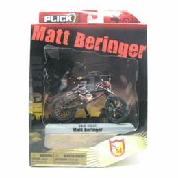 "Wholesale Mini Bike Bmx Wholesale - Wholesale-2016 Flick Trix Bmx Finger Bike ""Matt Beringer"" Cycle Star Vehicle Alloy model bicycle display set Mini toy for boy"