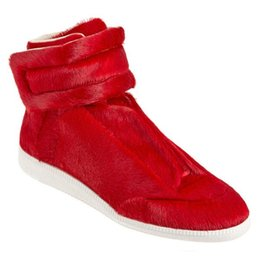 Wholesale Cheap Branded Shoes China - China Red Maison Martin Margiela Cheap Luxury Brand Comfortable Fur Shoes For Mens Must Have Goods