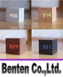 termometro da tavolino con sveglia a led Sconti promozione! Multi-colori Migliori orologi digitali high-end Desktop Clock Home Decor Termometro Sveglia LED in legno LLFA