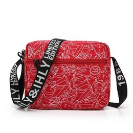 Wholesale Korean Women Messenger Bags - 2017 New Shoulder Bag Messenger Bag Korean Version of The Tide Leisure Package Male Women Red HNM34