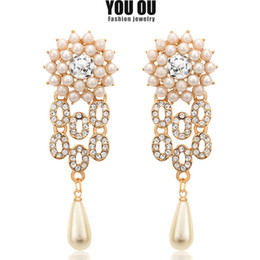 Wholesale Wedding Jewelry Champagne Color - Fashion Women Bridal Wedding Gold Charm Crystal Pearl Rhinestone Pearl Dangle Stud Earrings Jewelry 2 Color Champagne White ER-1001