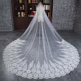 Wholesale Bridal Lace Yard - 2018 Cathedral Veil For Wedding Dress Bridal Gown Lace Edge Tulle Lace Appliqued Edge White Ivory Tulle One Layer With Comb 3 Yard