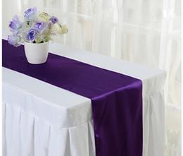 2017 venda quente de cetim corredor de mesa de casamento pano corredores de seda organza férias favor decorações do partido bandeira -RUN de