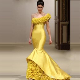 Wholesale Vestido Plus Size Renda Longo - MNM couture Womens Evening Gowns Vestido Longo De Renda 2017 Sexy One Shoulder Yellow Mermaid dubai arabic Long Prom Dresses