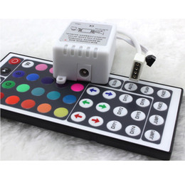 Canada Vente en gros - Nouvelle Fahsion 44 Key Remote Control Controller RGB boîte DC12V pour LED 3528/5050 Strip Light cheap ir control box led Offre