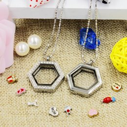 Wholesale Hexagon Plate - Hot selling novelty hexagon heart magnetic crystal DIY floating memory living locket pendant gift for girls women daughter with free chains